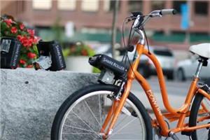 装上这个神器,自行车秒变电动车,竟然还是个充电宝!